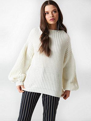 NA-KD Balloon Sleeve Knitted Sweater vit