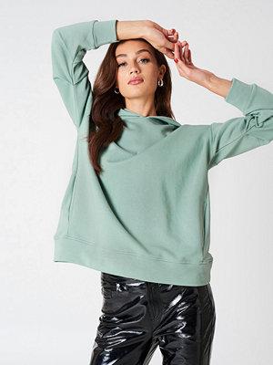 NA-KD Trend Gathered Sleeve Hoodie