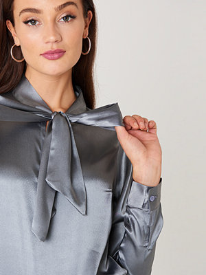 Rut & Circle Maya Satin Shirt - Blusar