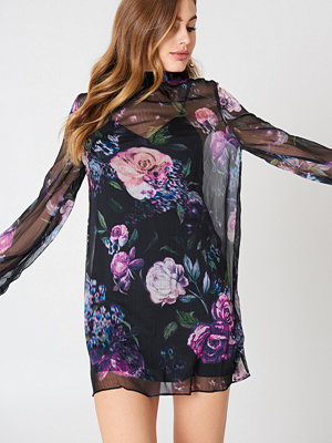 The Jetset Diaries Peony Mini Dress