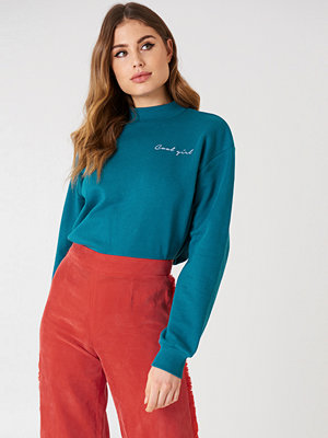 NA-KD Trend Cool Girl Sweatshirt