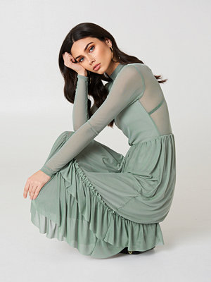 NA-KD Trend Mesh Frill Dress