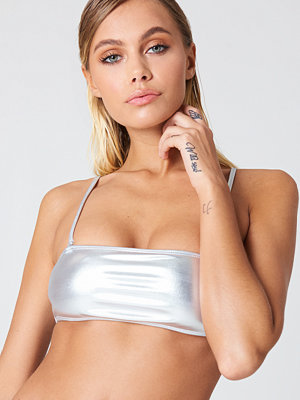 NA-KD Swimwear Metallic Bandeau Bikini Top