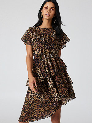 NA-KD Boho Asymmetric Flounce Dress