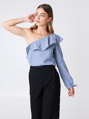 Rut & Circle One Shoulder Frill Blouse - Blusar