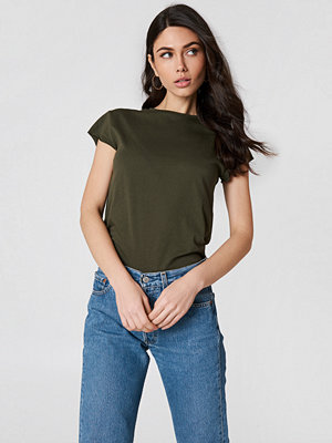 NA-KD Basic Raw Edge Tee