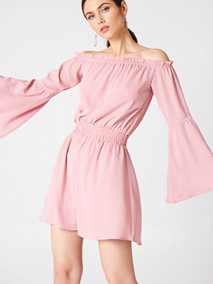 NA-KD Boho Wide Sleeve Off Shoulder Dress rosa