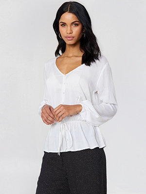 Rut & Circle Beline Button Blouse