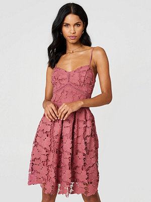 Rut & Circle Lace Strap Dress rosa