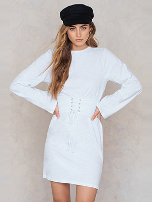 NA-KD Belted Detail Dress - Festklänningar