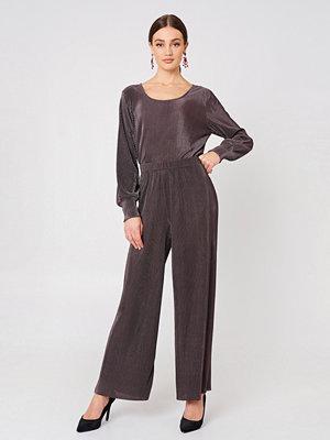 Saint Tropez mörkgrå byxor Plisse Trousers