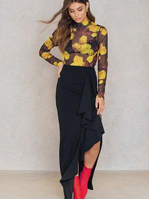 Boohoo Ruffle Front Maxi Skirt
