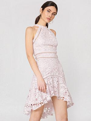 True Decadence Detailed Lace Dress - Festklänningar