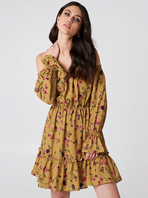 Glamorous Off Shoulder Mini Dress