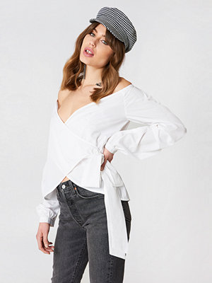 NA-KD Slip Shoulder Tie Waist Shirt