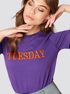 Trendyol Embroidered Every Day Tee - Vardag