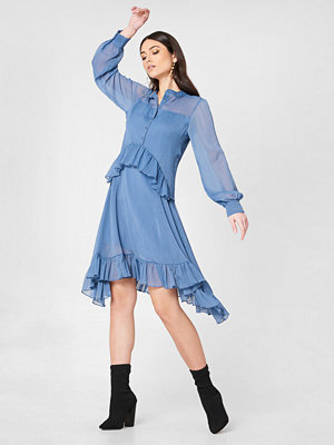 NA-KD Boho Side Dipp Frill Dress - Midiklänningar