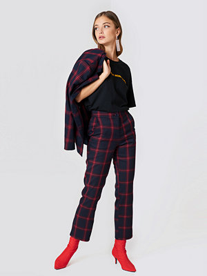 NA-KD Classic svarta rutiga byxor Straight Checkered Suit Pants blå multicolor