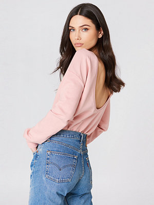 NA-KD Basic Deep Back Sweater rosa