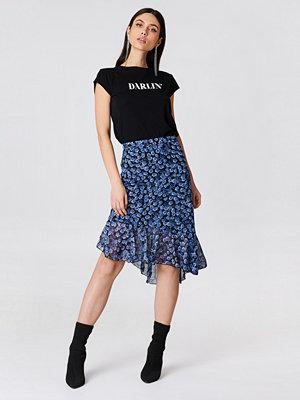 NA-KD Trend Asymmetric Ruffle Chiffon Skirt