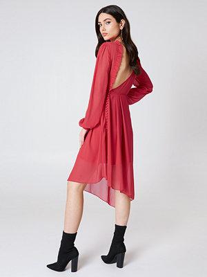 NA-KD Trend Asymmetric Cut Open Back Dress