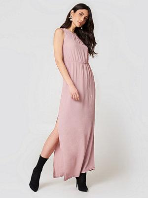 Minimum Jilian Maxi Dress