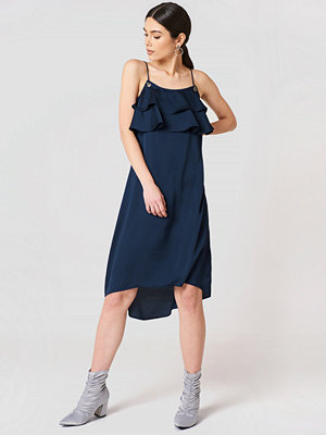 Rut & Circle Sofie Frill Dress - Midiklänningar