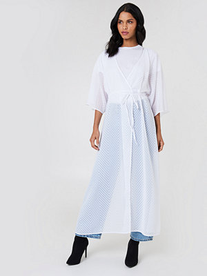 NA-KD Boho Structured Chiffon Coat Dress