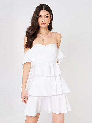 NA-KD Boho Off Shoulder Mini Flounce Dress - Miniklänningar