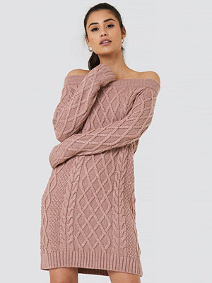 NA-KD Off Shoulder Cable Knitted Dress