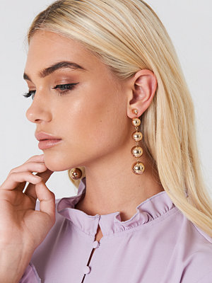 Andrea Hedenstedt x NA-KD Hanging Pearls Earrings - Smycken