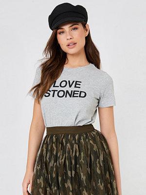 NA-KD Trend Love Stoned Tee - Vardag