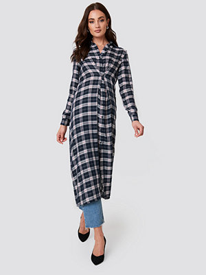 NA-KD Buttoned Asymmetric Shirt Dress - Midiklänningar