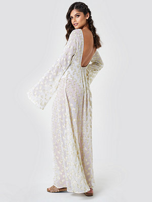 NA-KD Boho Open Back Glitter Maxi Dress - Maxiklänningar