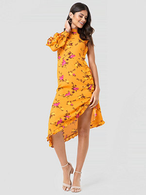 NA-KD One Sleeve High Neck Frill Dress