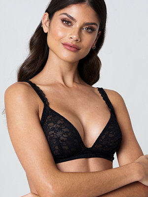 Andrea Hedenstedt x NA-KD Scalloped Lace Bra - BH:ar