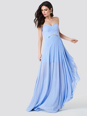 Trendyol Strapless Asymmetrical Maxi Dress