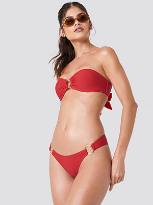J&K Swim x NA-KD Circle Bikini Briefs röd