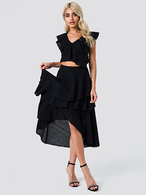 NA-KD Party Metallic Flounce Skirt