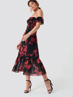 Trendyol Relaxed Shoulder Midi Dress - Midiklänningar