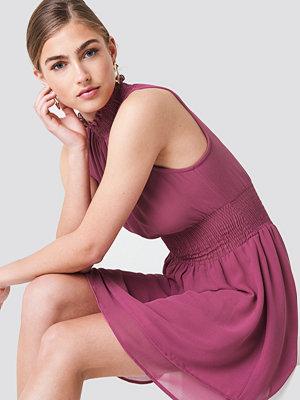 NA-KD Boho High Neck Double Layer Smock Dress - Festklänningar