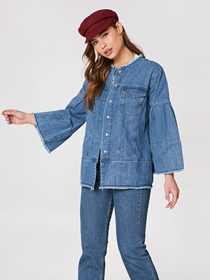 NA-KD Wide Sleeve Denim Jacket blå