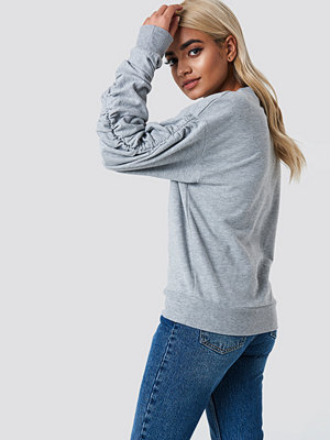 NA-KD Ruched Sleeve Sweater
