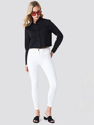 Trendyol Embroidered Skinny Jeans