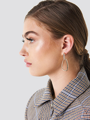 NA-KD Accessories smycke Embellished Asymmetric Oval Earrings