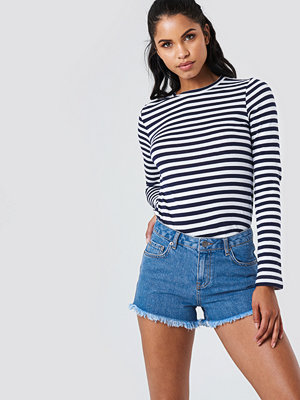 NA-KD Denim Fray Hem Shorts - Jeansshorts