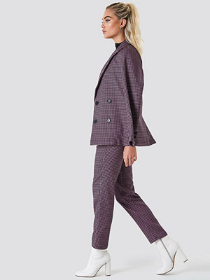 NA-KD Trend rutiga byxor Fitted Suit Pants