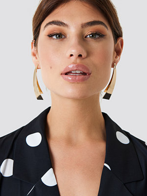 NA-KD Accessories Flat Curved Triangle Earrings - Smycken