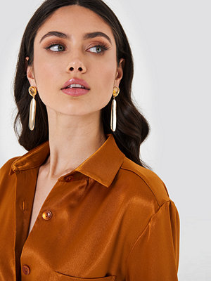 NA-KD Accessories smycke Hanging Bar Earring