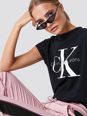T-shirts - Calvin Klein Taka Crew Neck Tee